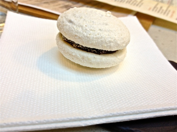 Macaroon at Leura Garage